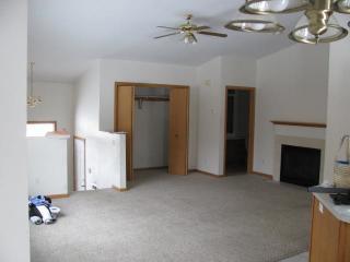 2718 S Meadow Lark Ln, Holmen, WI 54636