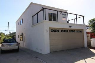 66 W 49th St, Long Beach, CA 90805