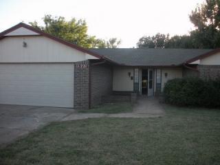 11221 Stratford Dr, Oklahoma City, OK 73120
