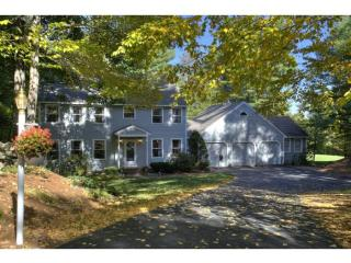 4 Twin Oaks Drive, Mont Vernon NH