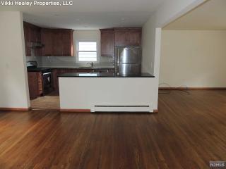 33 Woodland Ave, Maywood, NJ 07607