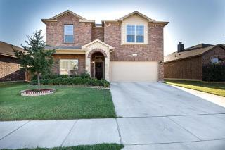 8112 Misty Water Dr, Fort Worth, TX 76131