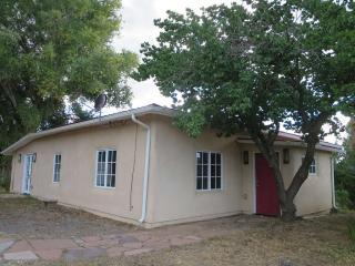 232 State Road 240, Taos, NM 87571