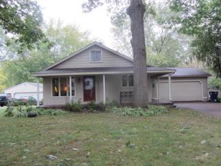 712 Oakhurst Ave NW, Grand Rapids, MI 49504