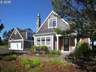 26720 Nedonna Avenue, Rockaway Beach OR