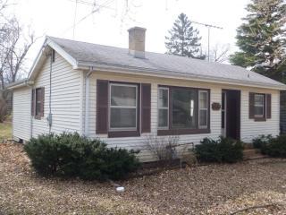 412 Douglas St, Oswego, IL 60543