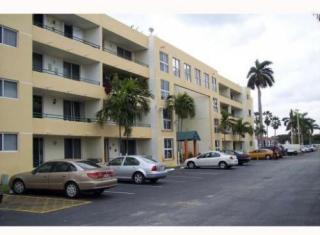 8321 NW 7th St #1407, Miami, FL 33126