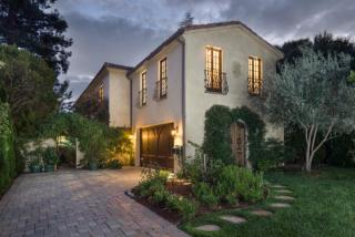 1932 Emerson St, Palo Alto, CA 94301