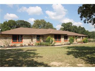 240 Christensen Rd, Elgin, TX 78621