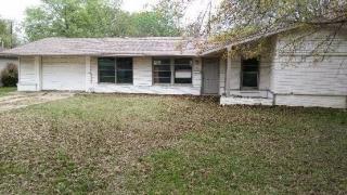 2824 Rosebud Ln, Richland Hills, TX 76118