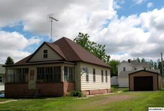 204 Prairie St N, Comfrey, MN 56019