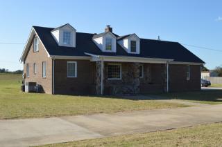 58 Stewart Rd, Huntland, TN 37345