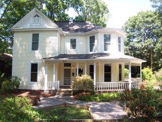 838 W Marion St, Shelby, NC 28150