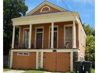 908 Sumner St, New Orleans, LA 70114