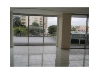 900 Bay Dr, Miami Beach, FL 33141