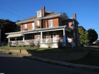 1864 N Main St, Bechtelsville, PA 19505