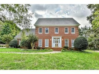 9935 Foxx Oak Place, Charlotte NC