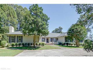 261 River Oaks Lane, Smithfield VA
