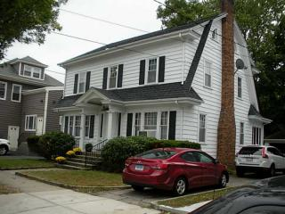 125 Grosvenor Ave, East Providence, RI 02914