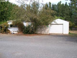 92061 Maple Ln, Springfield, OR 97478