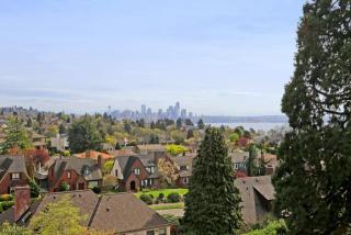 2221 Viewmont Way W, Seattle, WA 98199