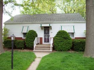 406 N Prairie St, Raymond, IL 62560
