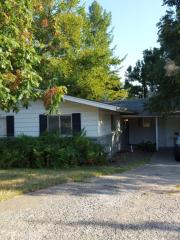 5608 NW 37th St, Warr Acres, OK 73122