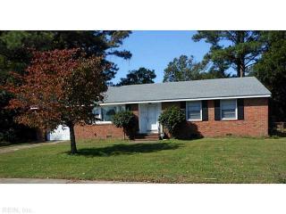 325 East McGinnis Circle, Norfolk VA