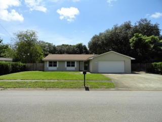 2621 Applewood Dr, Titusville, FL 32780