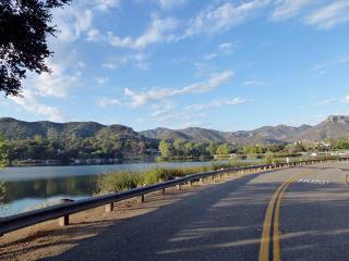 93 Lake Sherwood Dr, Lake Sherwood, CA 91361
