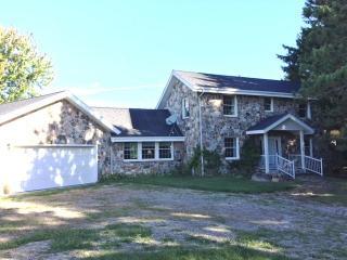 1240 S Posey Lake Hwy, Hudson, MI 49247
