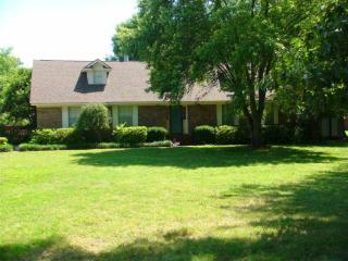 2400 Stoneville Rd, Dyersburg, TN 38024