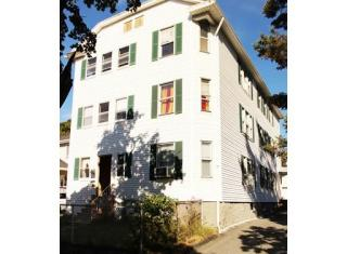 37 Houghton St, Worcester, MA 01604