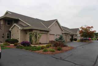 18650 Emerald Cir #H, Brookfield, WI 53045