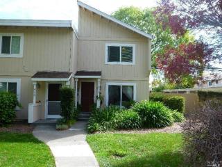 413 Fernbridge Pl, Novato, CA 94947