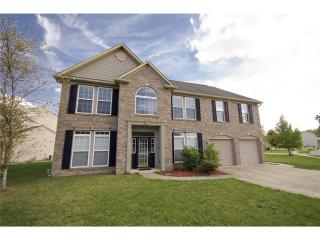 8027 Meadow Bend Ln, Indianapolis, IN 46259