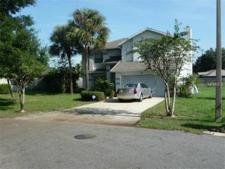 842 Lost Lake Dr, Orlando, FL 32817