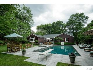12 Old Orchard Rd, Riverside, CT 06878