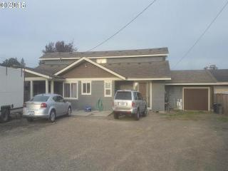 951 West Main Street, Molalla OR