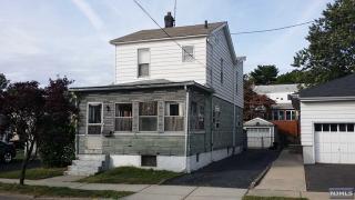 9 Garden St, Lodi, NJ 07644