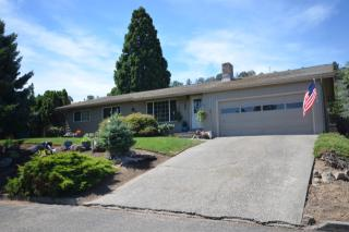 2212 W 14th St, The Dalles, OR 97058