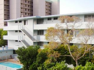 1054 Kalo Pl, Honolulu, HI 96826
