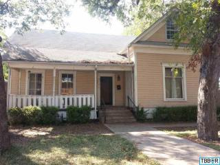111 N Alexander St, Belton, TX 76513