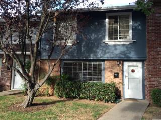 3903 Oak Villa Circle, Carmichael CA