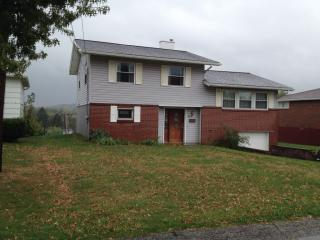 508 Orchard Ave, Scottdale, PA 15683