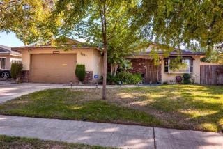3087 W Bellaire Way, Fresno, CA 93722
