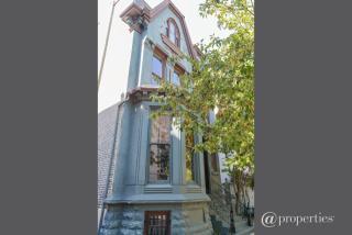 1410 N La Salle Dr, Chicago, IL 60610