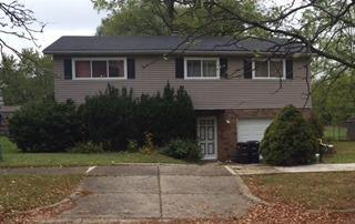 2260 Garden Homes Dr, Ann Arbor, MI 48103