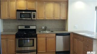 16015 Powells Cove Blvd #E102, Beechhurst, NY 11357