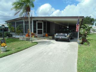 7316 Sandcastle Dr, Ellenton, FL 34222